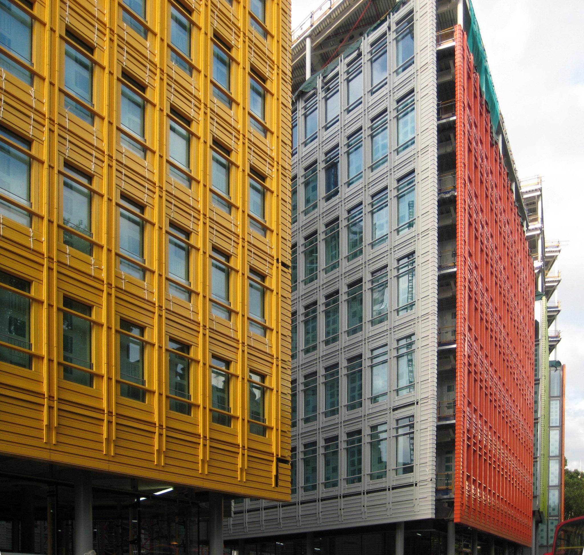 Facade: Unitized Ceramic Facade, By Renzo Piano In London (011