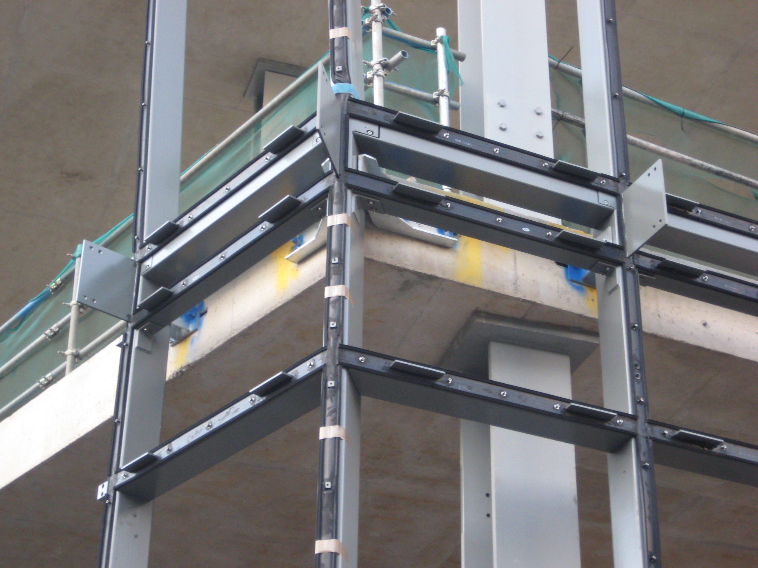 Curtain Wall System Manufacturers : Unitized curtain wall system myfamilyliving